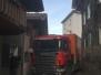 Enge Zufahrt mit LKW
