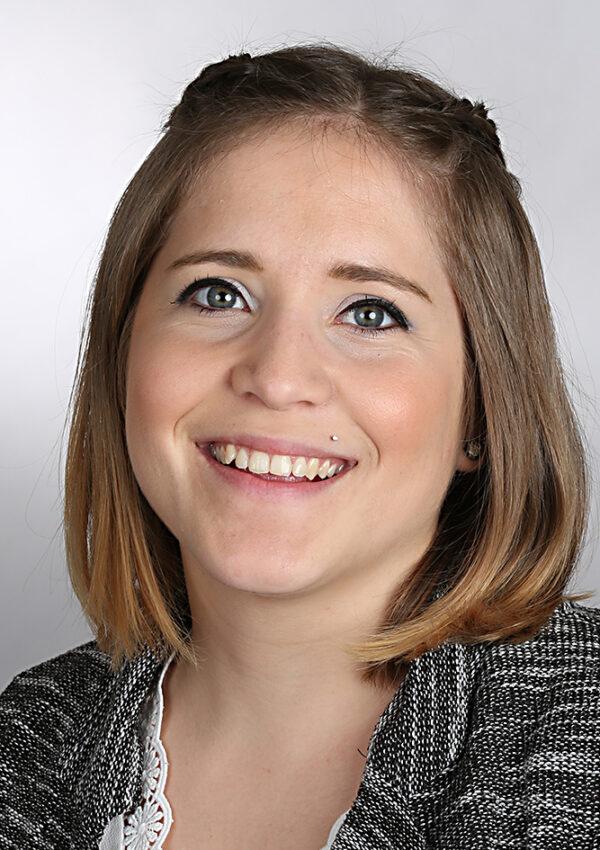 Nicole Metzler